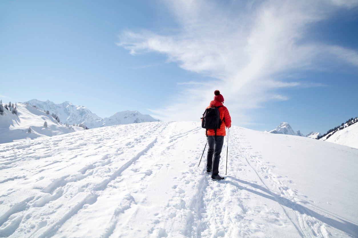 winter wellness hike